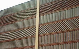5 Noise Barrier Materals And Surface Treatments Design