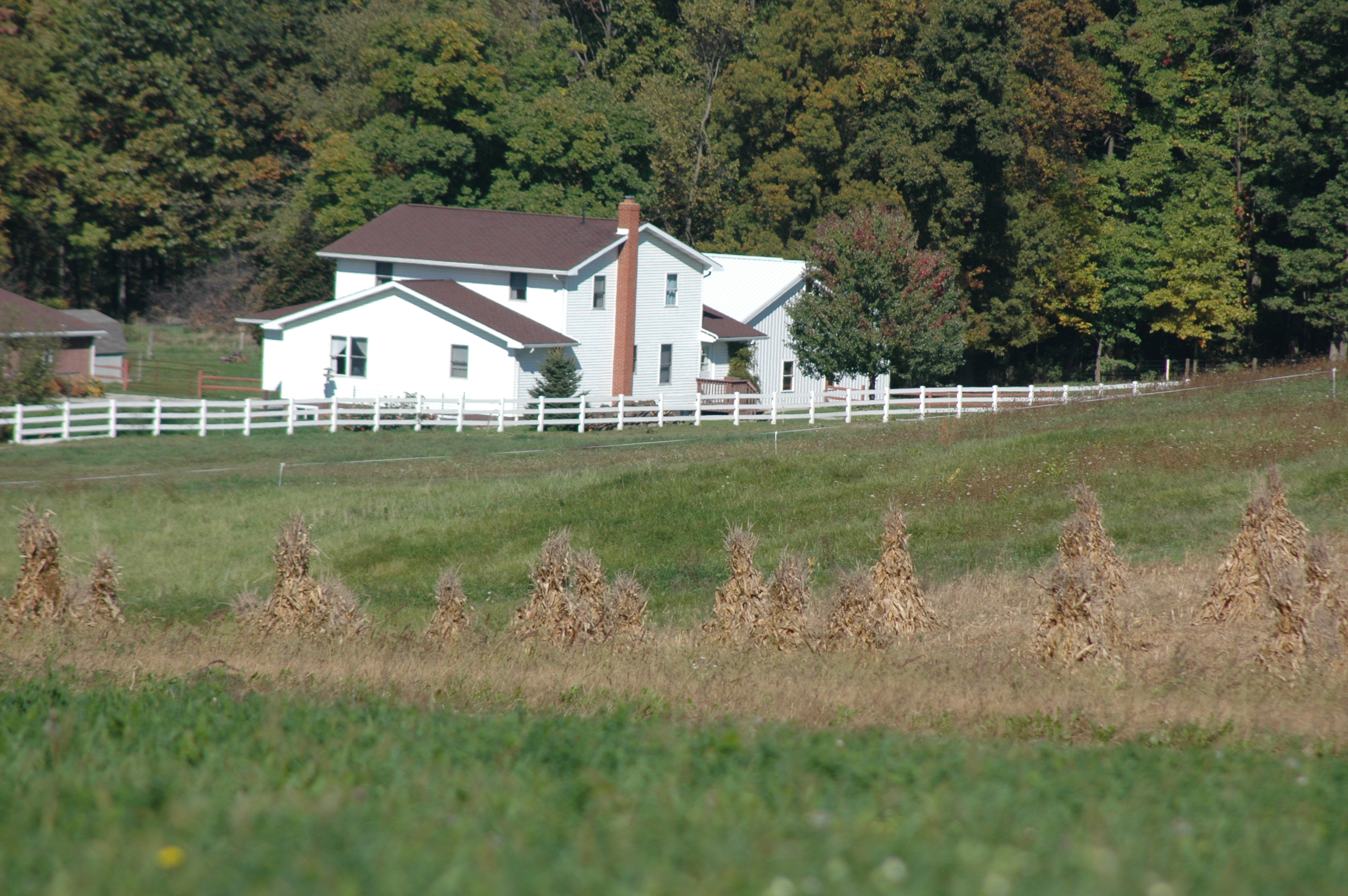 Photo 65270 Amish Country Farm House America 39 S Byways