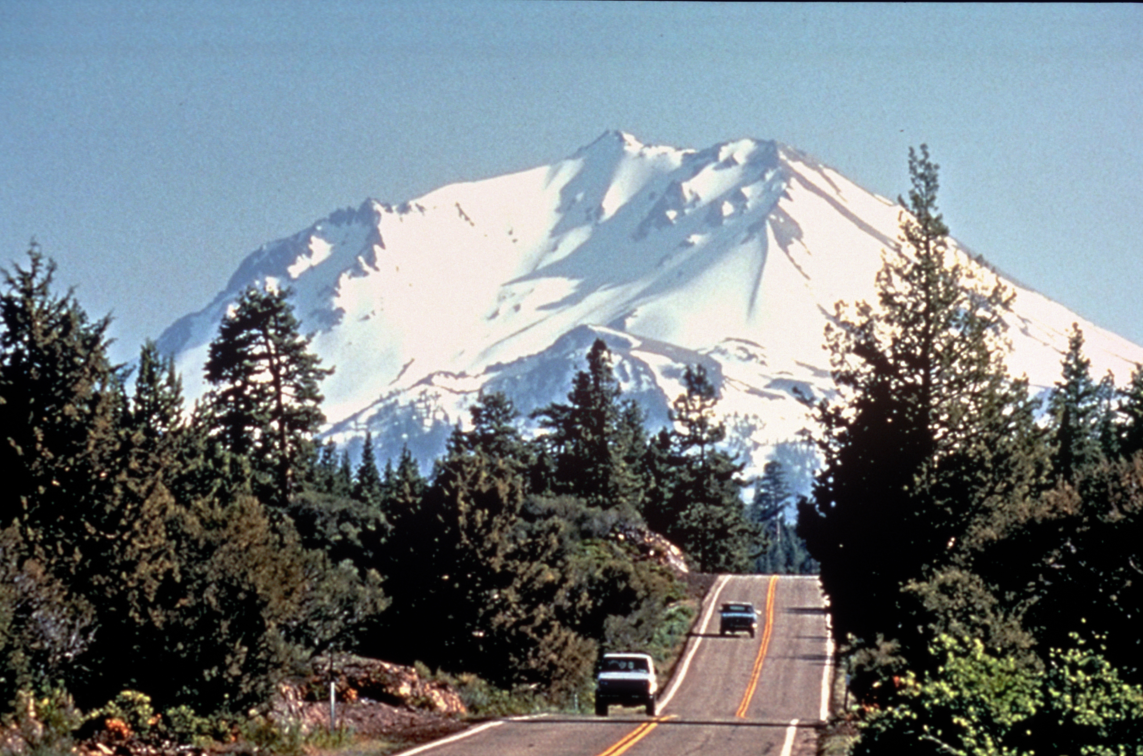 Volcanic Legacy Scenic Byway Photos America 39 S Byways