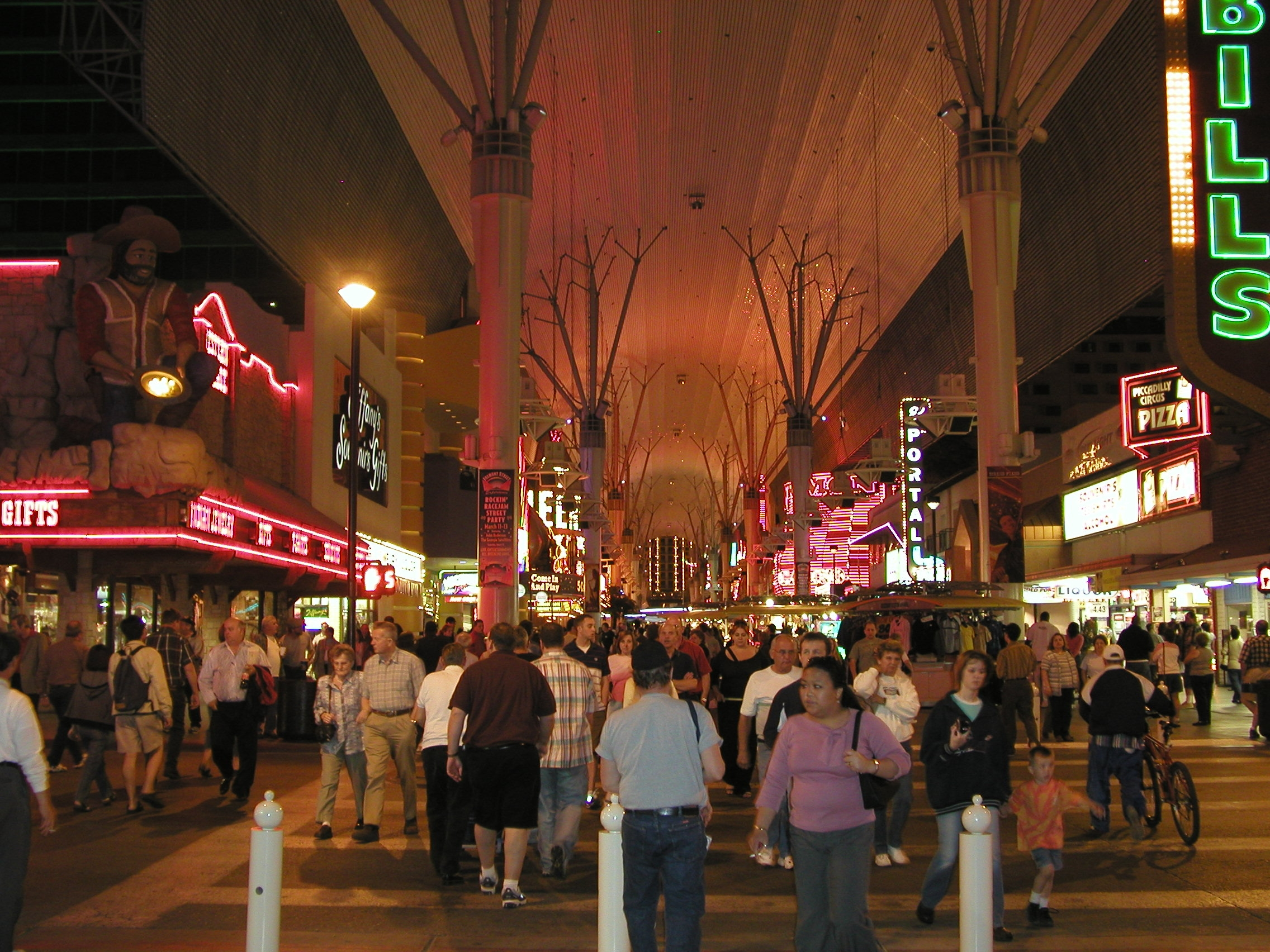 Las Vegas Strip - Photos | America's Byways