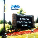 Detroit Zoo Entrance