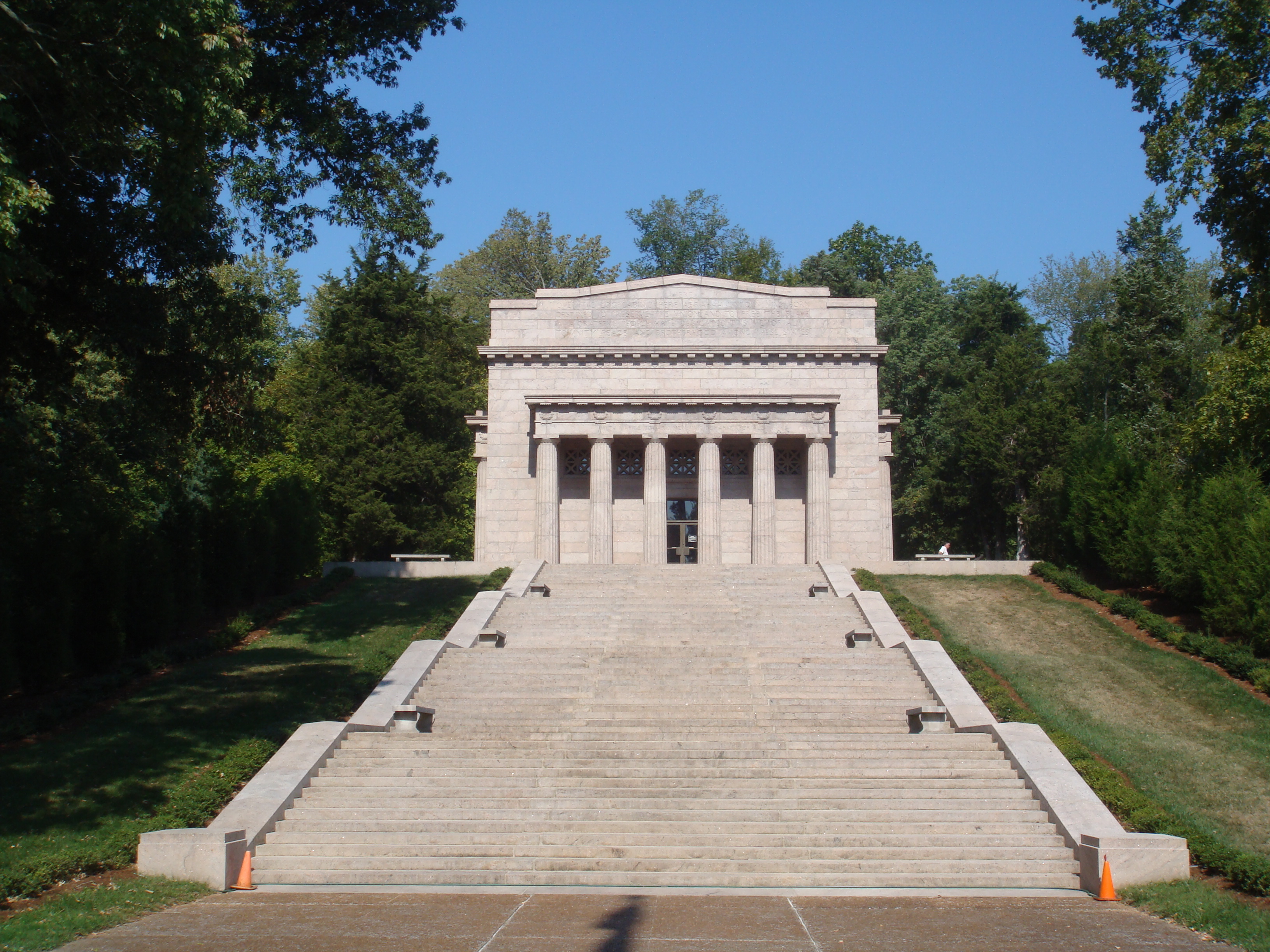 Photo 80248 Abraham Lincoln Birthplace Memorial Building