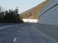 Photo of the lower section of the bifurcated freeway, showing the completed MSE wall.