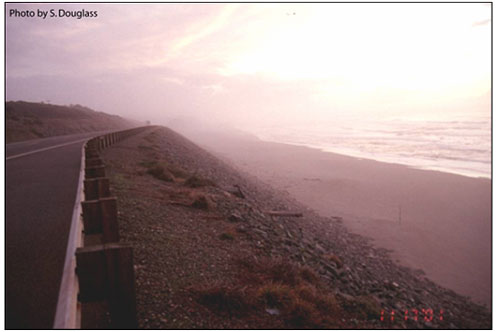 Figure 6.8. Seawall protecting a coastal highway (US Highway 101, Curry County, Oregon).
