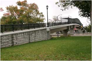 Photo of pedestrian bridge