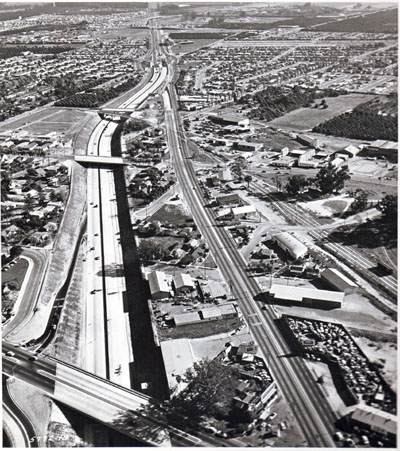 I-5 Santa Ana Freeway looking southeasterly along Anaheim line. (California Department of Public Works hoto)