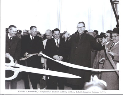 Minnesota - Congressman John Blatnik cutting ribbon, Duluth-Superior bridge, I-535.