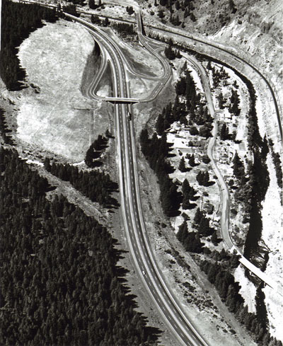 Oregon - Upper Perry Interchange,  west of La Grande on I-84, permits traffic to get to Hilgard and way points.