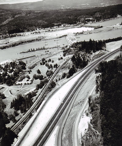 Oregon - East Bonneville Dam Interchange, Columbia River Highway, Interstate 84, Forest Highway Route 28.