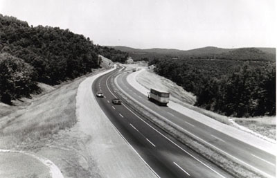 Tennessee Interstate Route 40 descends the western slope of the Cumberland Plateau in Tennessee midway between Nashville and Knoxville.  Note the