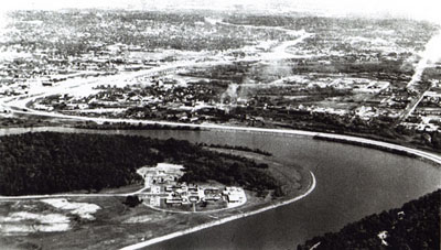 Tennessee- Interstate Route 24 segment along Moccasin Bend on Tennessee River at Chattanooga just prior to opening to traffic in late 1966.