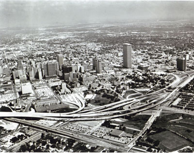 The Capital Avenue interchange on Interstate Route 45, adjacent to downtown Houston, Tex. (The viaduct at the left was not yet open to traffic.)