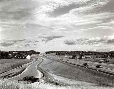Wisconsin- View of typical southeastern Wisconsin along Interstate 94 between Madison and Milwaukee, near Hartland-Wales exit (STH 83) in Waukesha County.