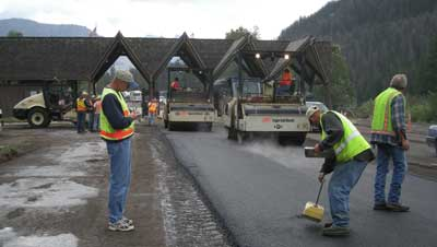 FHWA's Central Federal Lands Highway Division applied WMA on a road in Yellowstone National Park in Wyoming in 2007. Benefits included a 20 percent savings on fuel costs at the asphalt plant.