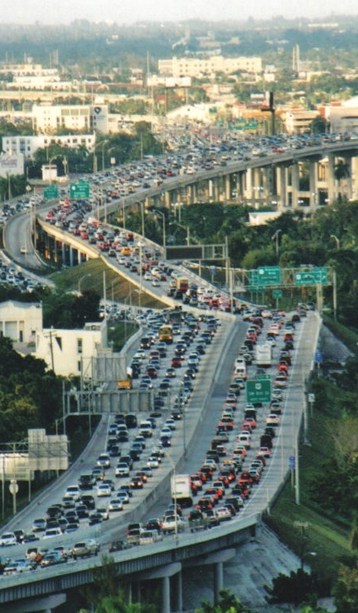 Photo of heavy traffic congestion