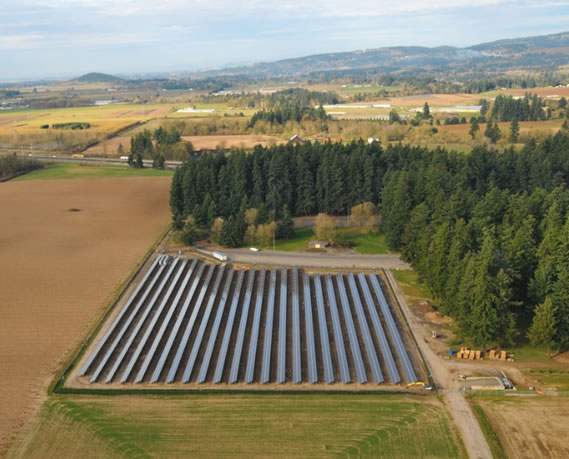 Text Box:    Aerial shot of Baldock Solar Station- photo by Portland General Electric