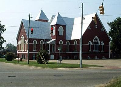 Larger view of the intersection of Martin Luther King St. and Jeff Davis Av., which includes the First Baptist Church of Selma, a focal point of many civil rights meetings.