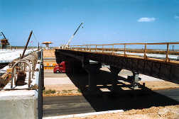 Image of bridge under construction.
