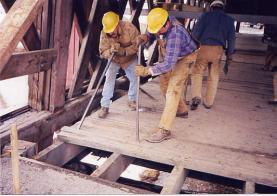 Fhwa Hrt 04 098 Chapter 5 Floor Systems Covered Bridge