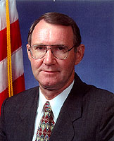 Photo: Kenneth R. Wykle, Federal Highway Administrator